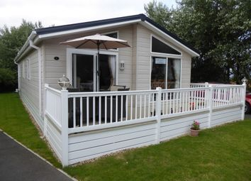 Thumbnail 2 bed mobile/park home for sale in Coast Road, Corton, Lowestoft, Suffolk, 5Lq