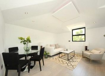 2 bed flat to rent in Denmark Road, Ealing, London W13