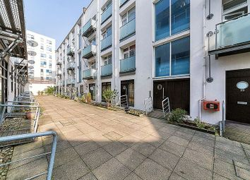 Thumbnail 2 bed flat for sale in Empire Square, Holloway