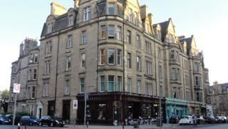 Thumbnail 5 bed flat to rent in Bruntsfield Gardens, Edinburgh