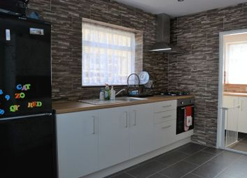 3 bed property to rent in Friars Way, Bushey WD23
