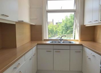 Thumbnail 1 bed flat to rent in Elmcroft Crescent, Golders Green