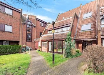 Bailey Close, Maidenhead SL6. 2 bed flat for sale