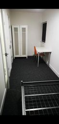 Room to rent in John Rous Avenue, Coventry CV4