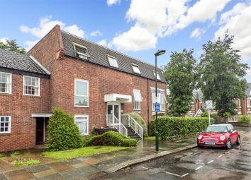 Thumbnail 2 bed flat to rent in Teddington Park Road, Teddington