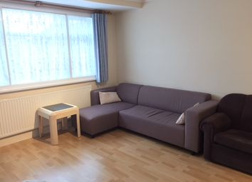 Thumbnail 1 bed flat to rent in Heath Road, Hounslow