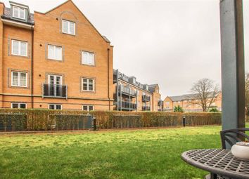 Thumbnail 2 bed flat for sale in Kingsmead Court, Hertford, Herts