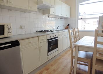 Thumbnail Room to rent in Alexandra Grove, London, Finsbury Park