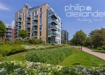 Thumbnail 1 bed flat to rent in Kingly House, Woodberry Downs, Finsbury Park