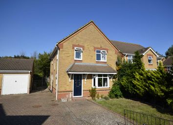 Waverley Road, Steeple View, Laindon SS15. 4 bed detached house