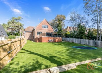 Thumbnail 4 bed detached house for sale in Crescent Drive North, Brighton