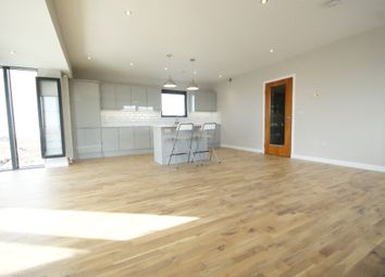 2 bed flat to rent in Castlebank Drive, Glasgow Harbour, Glasgow G11