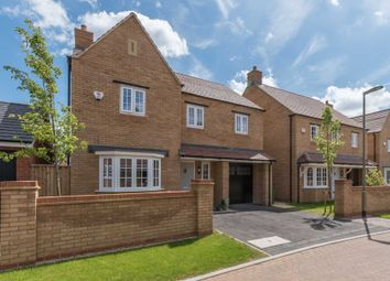 Thumbnail 4 bed detached house for sale in Parsons Piece, Banbury