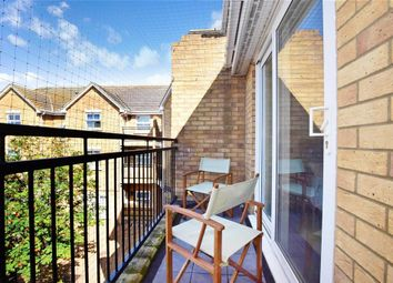 2 bed flat for sale in Osier Drive, Basildon, Essex SS15