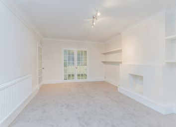 Thumbnail 3 bed flat to rent in Elmshurst Crescent, East Finchley, London