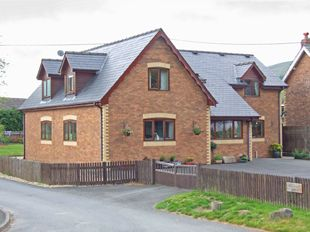 Thumbnail 4 bed detached house for sale in Old School House, Llanddewi, Llandrindod Wells, Old School House, Llanddewi, Llandrindod Wells