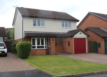 Thumbnail 4 bedroom detached house for sale in Petrel Croft, Kempshott, Basingstoke