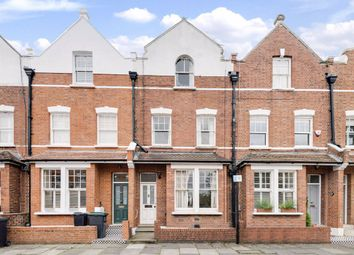 North Hill Avenue, London N6. 4 bed property