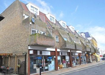 Thumbnail 1 bed flat to rent in St. Marys Walk, Maidenhead