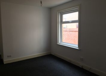 Thumbnail Studio to rent in Chesterfield, Blackpool