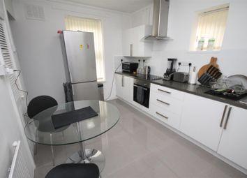 Thumbnail 1 bedroom flat for sale in Hampden Gardens, Aylesbury