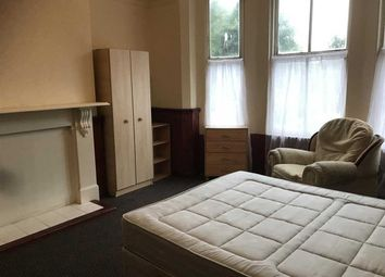 Thumbnail 6 bed terraced house to rent in Highfield Street, Leicester