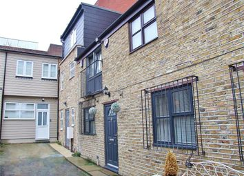 Thumbnail 1 bed town house to rent in High Street, Bromley