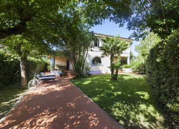 Thumbnail 5 bed villa for sale in Forte Dei Marmi, Lucca, Tuscany, Italy