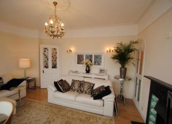 Thumbnail 2 bedroom flat to rent in Clifftown Parade, Southend-On-Sea
