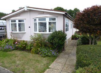 Cudworth Park, Newdigate, Dorking, Surrey RH5. 2 bed mobile/park home