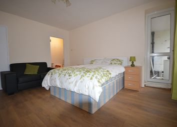 Thumbnail Room to rent in Larch Avenue, Acton Vale