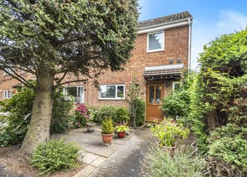 5 bed end terrace house for sale in Carterton, Oxfordshire OX18