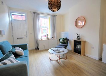 2 Bedrooms Terraced house to rent in Midlothian Street, Clayton, Manchester, Lancahire M11
