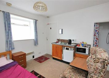 Thumbnail Property to rent in Napier Road, South Croydon