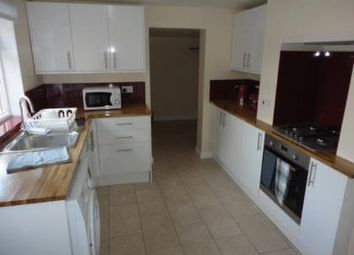 Thumbnail Flat to rent in Junction Road, Andover