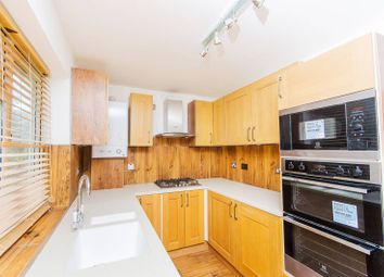 Thumbnail 3 bedroom flat to rent in Hollydale Road, Nunhead