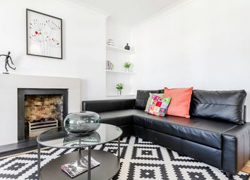 Thumbnail 3 bed flat to rent in New North Road, London