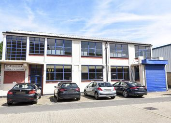 Thumbnail Warehouse to let in Harris Way, Sunbury On Thames