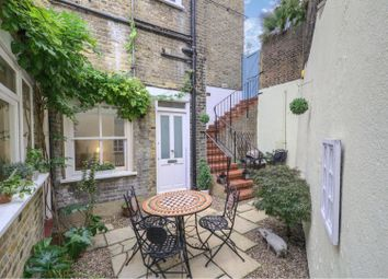 Thumbnail 1 bed flat for sale in 150 Westcombe Hill, London