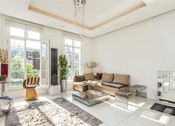 Thumbnail 3 bed maisonette for sale in Gunter Grove, London