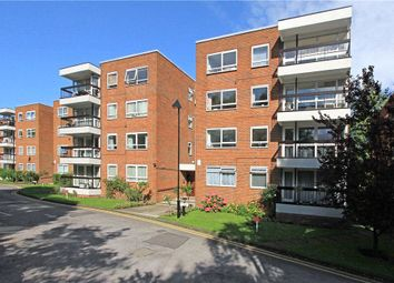 Thumbnail 2 bed flat to rent in Greenacres, Hendon Lane, Finchley, London