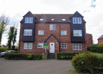 Thumbnail 1 bedroom flat for sale in Dewell Mews, Swindon