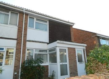 Thumbnail 1 bed flat to rent in Goosegreen Close, Horsham
