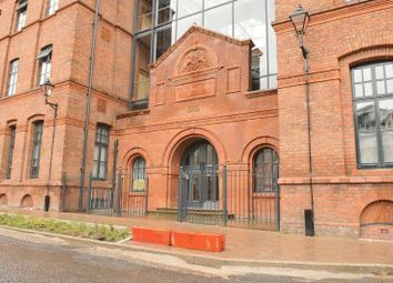 2 bed flat to rent in Bloom Street, Salford M3