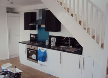 Thumbnail 2 bed flat to rent in Edgeley Road, London