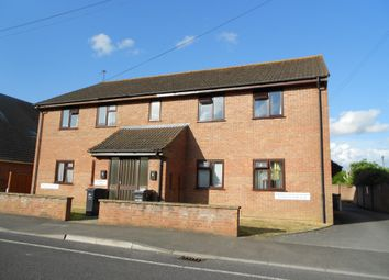 Thumbnail 2 bed flat to rent in Sandhurst Road, Yeovil