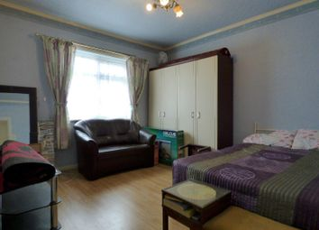 Thumbnail 2 bed shared accommodation to rent in Bellingham Trading Estate, Franthorne Way, London
