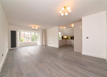 Finchley Road, London NW11. 2 bed flat