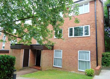 Thumbnail 2 bed flat for sale in Inglewood, Pixton Way, Croydon