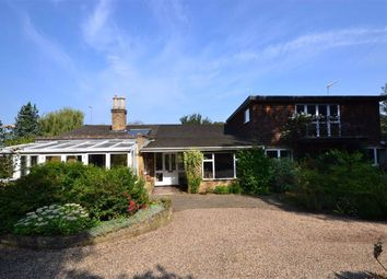 4 bed property for sale in Theobalds Park Road, Enfield, Middlesex EN2